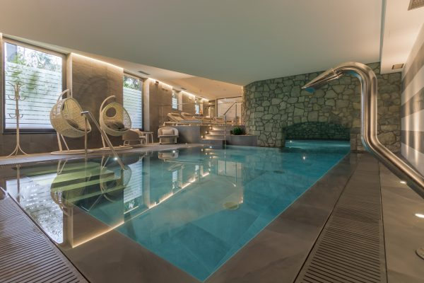 piscina metropole